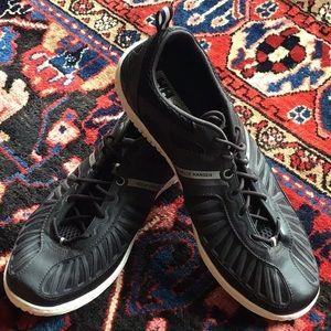 NWOT Helly Hansen hydro power sailing shoe
